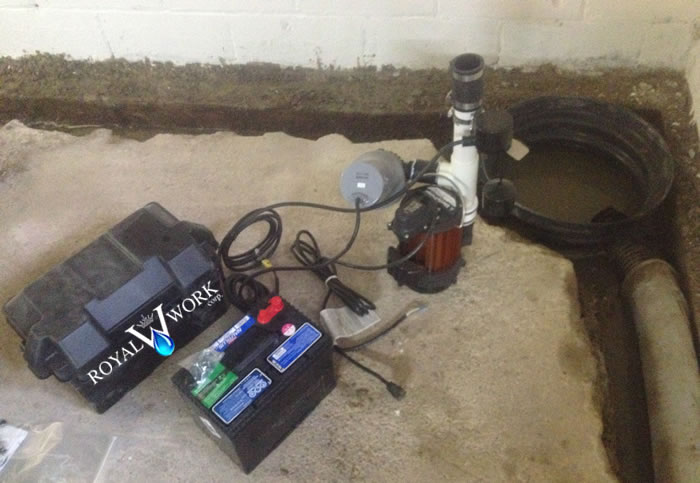 sump pump with battery backup